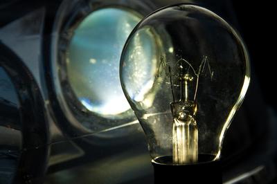 Glühlampenuntersuchungen durch Kfz-Gutachter