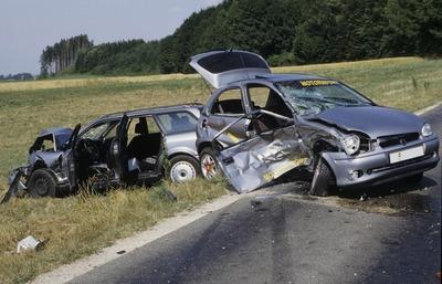 Schuldfrage unklar- Kfz-Sachverstaendige erstellt Unfallanalyse